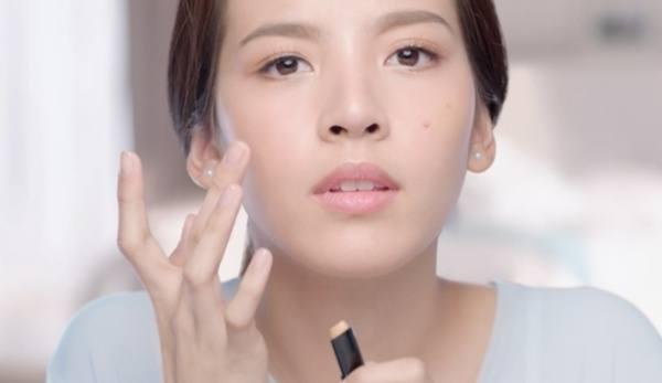 3356-1078711-acne_concern_scars-vs-marks_hero-cover