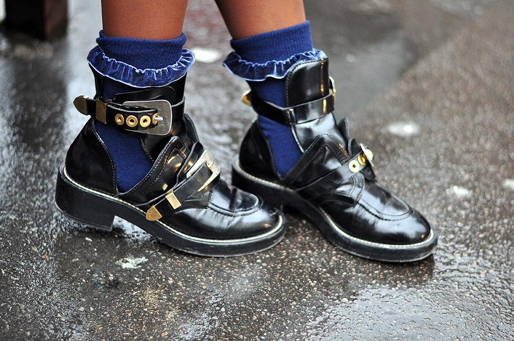 ankle-boot-mot-item-thoi-trang-khong-toi-cho-tet-vua-am-vua-xinh-24