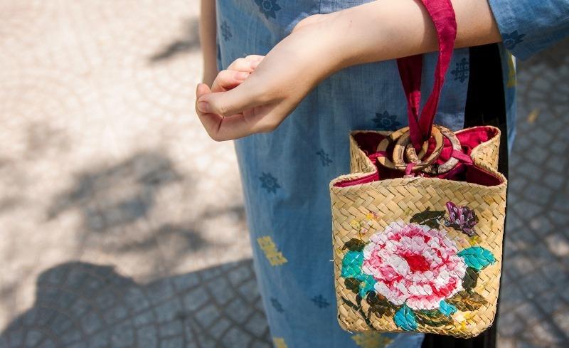 Gợi ý những kiểu túi xách dễ mua, dễ tìm, lại hợp với áo dài Tết