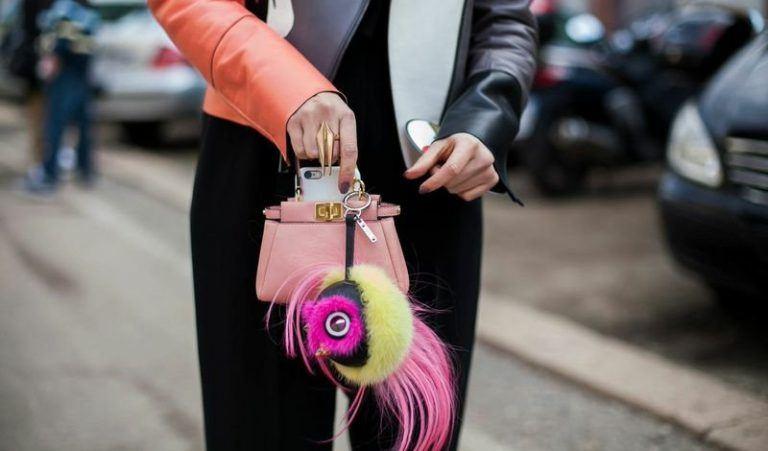 6 lý do bạn nên sở hữu một chiếc túi xách mini ngay trong năm nay