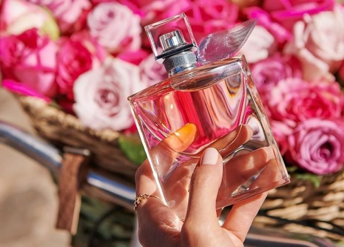 Mách nàng cách giữ mùi nước hoa lâu phai trong mùa hè hiệu quả