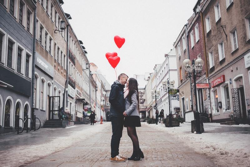 5 yếu tố gây khó khăn trong mối quan hệ yêu xa