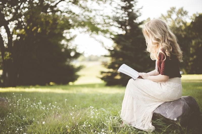 """5 cuốn """"bí kíp"""" chăm sóc da dành cho các tín đồ làm đẹp"""