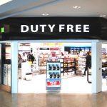 mua sắm cửa hàng miễn thuế tại sân bay quốc tế