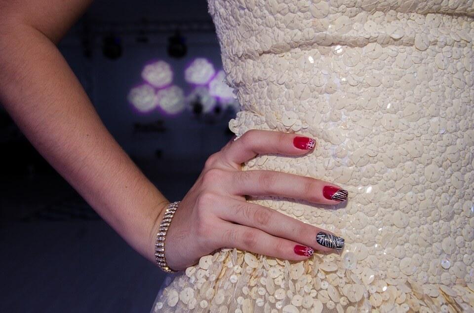 Gợi ý bạn gái những kiểu móng tay đẹp không thể bỏ qua