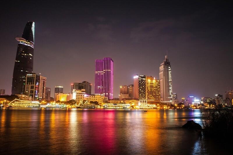 Cú đêm Sài Gòn đi chơi ở đâu vào những đêm không ngủ?