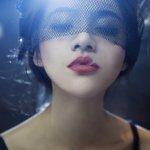 beautiful-girl-with-red-lips-smoke