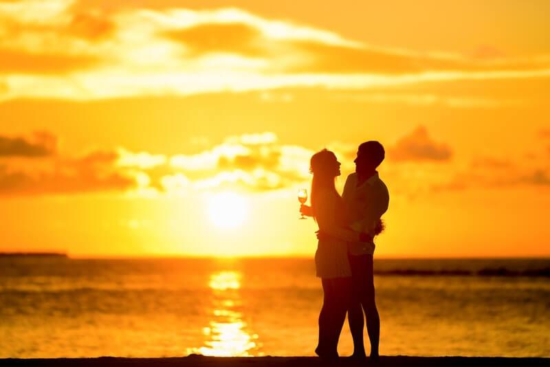 Hẹn hò online và những mẹo hay ho dành cho con gái