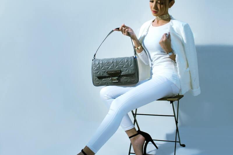 Mách bạn 12 ý tưởng phối đồ tinh tế cùng quần jeans trắng