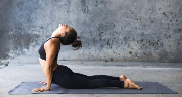 tu-the-yoga-ran-ho-mang