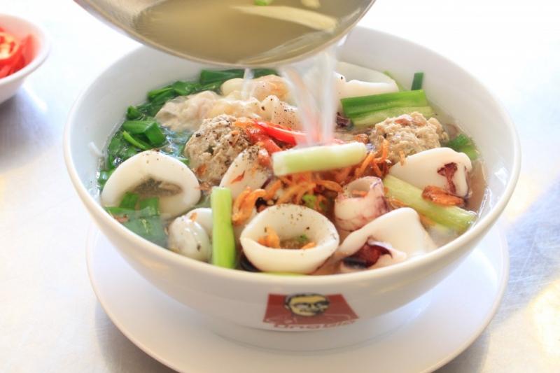 """""""Đổi gió"""" với những món hủ tiếu lạ miệng và cực ngon giữa Sài Gòn"""