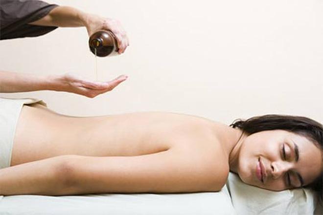 massage mông