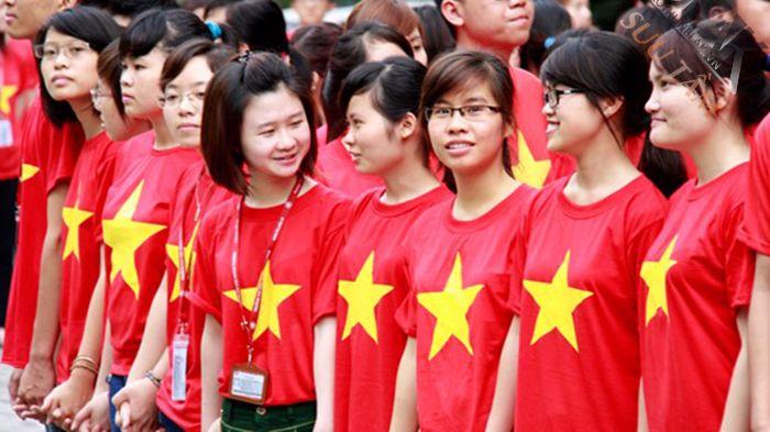 Bán áo phông cờ việt nam chất đẹp trên toàn quốc