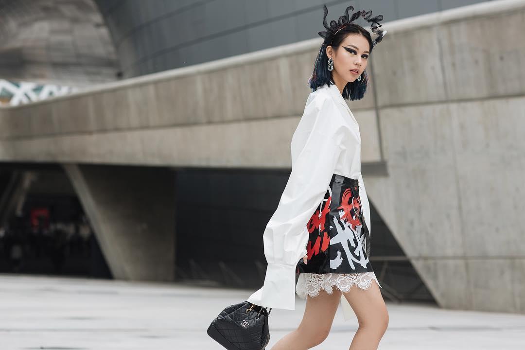 phi-phuong-anh-ngam-nghia-street-style-cua-sao-viet-tai-seoul-fashion-week