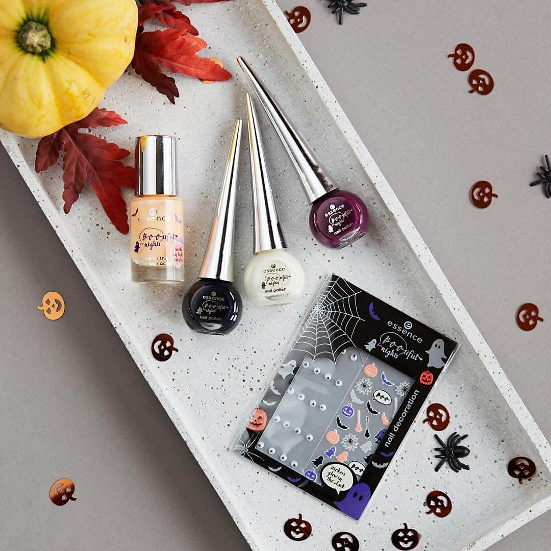 essence-nail-top-9-thuong-hieu-son-mong-tay-gia-re-dinh-dam-hien-nay