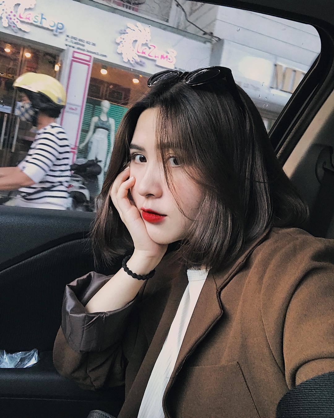 uon-cup-duoi-nhung-kieu-toc-ngang-vai-dep-cho-co-nang-luoi-bieng-copy