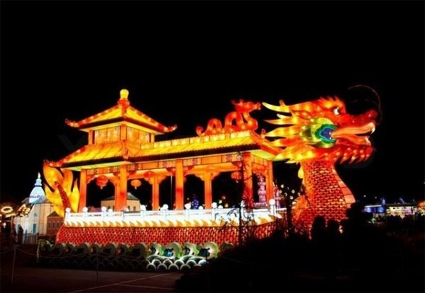festival-anh-sang-lon-nhat-viet-nam-truoc-gio-mo-cua-o-sai-gon-9d21f719636483367251090293