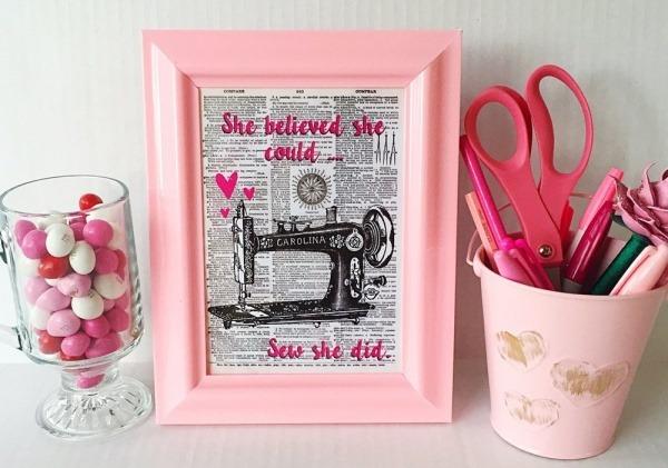 inspirational_pink_vintage_sewing_machine_art_print__5x7_
