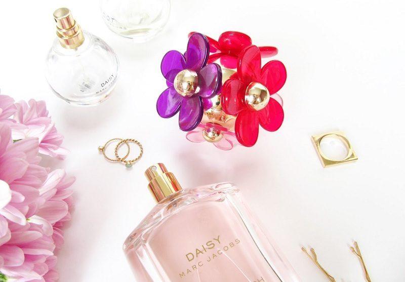 Đón mùa xuân tràn ngập hương sắc với những chai nước hoa này (Phần 2)