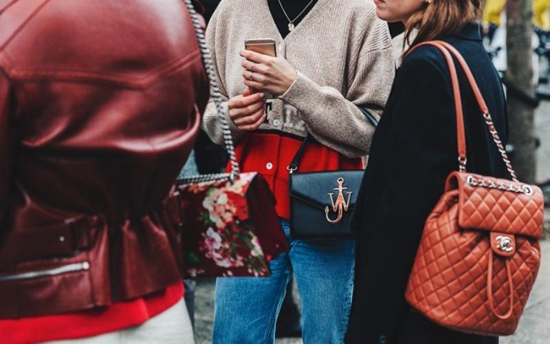 Những điều con gái nên quan tâm nếu định mua túi xách hàng hiệu