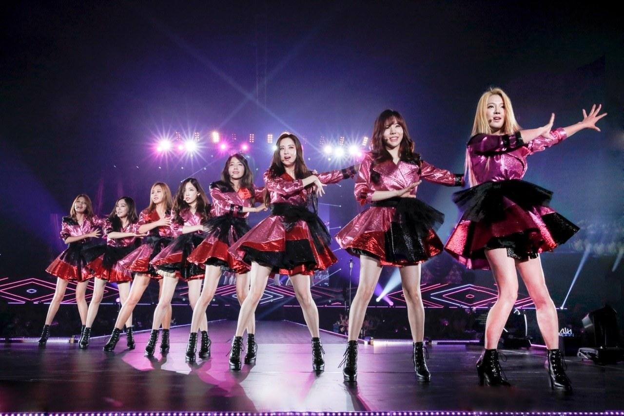 18-moi-dau-nam-bts-da-khien-fan-kpop-suong-ron-voi-loat-thanh-tich-khung-copy-2