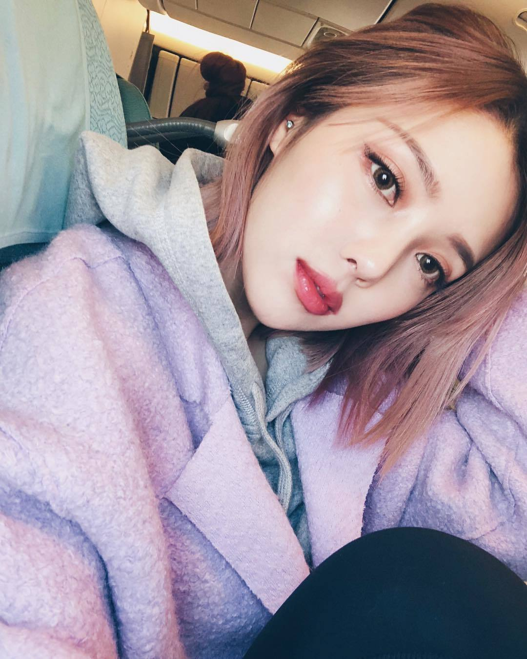 1-xu-huong-son-bong-duoc-du-doan-se-thong-tri-xu-huong-lam-dep-2018