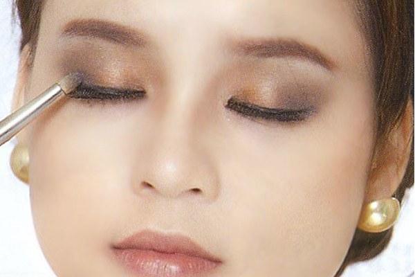 nhung-sai-lam-co-nang-thuong-gap-phai-khi-make-up-9