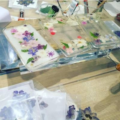 DIY Sweet Floral Phone Case Workshop