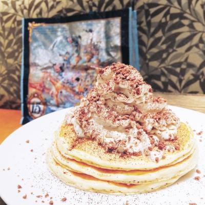 Always start the day with a yummy breakfast ☕️ . Kona Coffee Cream Pancake with Vanilla Ice Cream 🍨 . #happytrip #getaway #tokyo #disneyland #honolulucoffee #pancake #breakfast #konacoffee #sleepy #nodiet #hkfoodie #hkfood #misspolspick