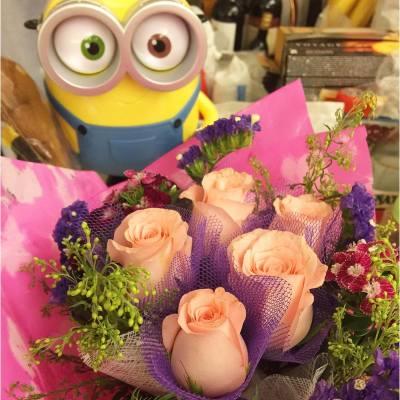 Happy mama's day ❤️ #happyweekend #mothersday #minions #20160508 #hotpotnight
