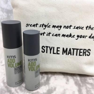 KMS視風格不只是態度,更是視覺語言,全新推出的 Style Matters 風格至上系列。以Addvolume Liquid Dust 及 Texture Creme 把時裝天橋般的髮型設計帶到香港,完美演繹出時尚品牌的氣質。 . . . #MissTiaraHK #followmisstiara #shoppinginspiration #newlaunch #hkbeauty #haircare #stylematters #KMS #KMSHK