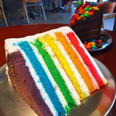 彩虹蛋糕 🌈 #misstiarahk #misstiara #misstiaralifestyle #彩虹蛋糕 #首爾 #doredore