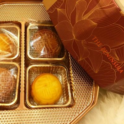 【微胖才是幸福的象徵】所以人月兩團圓的佳節,當然要品嚐個The Peninsula的月餅才完滿啊~~  #misstiara #thepeninsula #mooncake #yummy #happyfestival