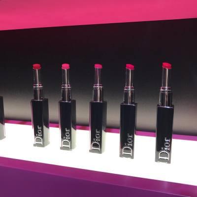 靈感來自洛杉磯著名景點,Dior Lacquer Addict唇膏色澤豐盈、持久水潤,18色選擇,day day做出不同顏色配搭💄💋 #MissTiaraHK #followmisstiara #LACQUERADDICT #diormakeup #lipstick #hkskincare #hkbeauty #newlaunch #shoppinginspiration