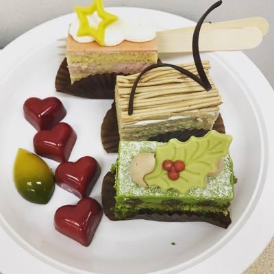 公司xmas party, 係有點邪惡,要做大量運動喔 #甜品#甜品控#蛋糕#派對#xmas#xmasparty#party#cake#sweet#foodie#december