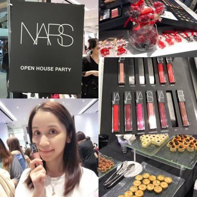 今日去到又一城,參加 Miss Tiara x NARS Velvet Lip Glide Party,不但試咗靚靚的唇彩,仲大玩 Casio 自拍神器 EX-TR70,很有趣喔~ ^_^  #Cherli #Blogger #MissTiara #NARS #Cosmetics #lip💄 #Casio #自拍神器 #TR70