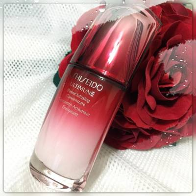 最令人動心的情人節禮物 相信就是擁有這支 Shiseido ULTIMUNE Power Infusing Concentrate 能活化肌膚潛在的多重防禦力 形成鞏固屏障 保護肌膚防禦任何傷害 最適合現時香港不穩定的天氣 ---- Shiseido ULTIMUNE Power Infusing Concentrate Should be the best Valentine gift for HER  HK$860.00 / 50ml  Special Thanks to @cosmopolitan_hk  @shiseidohk #shiseido #shiseidohk #ULTIMUNE #hkblogger #BeautySearch #beautybloger #blogger #blog #lifestyleblogger #trial #beauty #skincare #serum #essence #productTrial #gift #Valentine #Valentineday #Valentinegift #214 #cosmoheroproduct