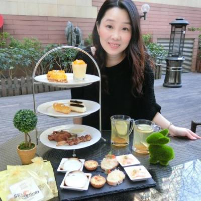 雖然這個冬天不太冷 不過卻依然感到乾燥 柚子蜜是 BeautySearch  入冬後的滋潤小品  而今天 更有機會與姐妹們一同到來  8度海逸酒店 品嚐 8度 X Skinfood 的柚子 Tea Set 享用柚子蜂蜜美食之餘 還可獲得 Skinfood 產品  今個冬天就更滋潤喔 • 8度海逸酒店 九龍灣馬頭涌九龍城道199號 • #相機先食 #yummy #hkfood #hkblogger #BeautySearch #foodblogger #delicious #iloveeating #dinning  #hkfoodie #instafood #吃貨 #8度海逸酒店 #HighTea #SkinFood #foodie #foodblog #foodshare #foodstagram #foodlover #hkig #food #gathering #lifestyleblogger #gourmet #美味しい #dessert #sweet