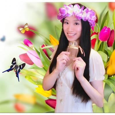 🌸 Chloé love story eau sensuelle 🌸如詩般的全新香調✨💖 Product Trial: https://goo.gl/NRfIiZ L'Eau Sensuelle est une nouvelle interprétation élégante et féminine de la signature olfactive de Love Story. ❤️ Merci beaucoup Chloé !! Je t'aime à la folie 😘😘!!!! #chloeeausensuelle #chloeparfum #chloelovestory #eausensuelle #chloehk #CHLOÉ #CHLOE #PARFUM#PERFUME #FRAGRANCE #CHLOÉPARFUM #lifestyle #hkgirl #hkblogger#beauty #beautyblogger #scent #love #luxasia #instagrammers#hkinstagram #instagood #happy#luxasiahk #香水   #facessshk #facesss
