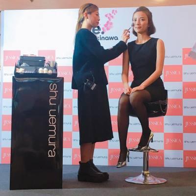 今日乖乖上堂中,出席左「#Okinawa Festival」活動上Jessica x shu uemura 美妝工作坊,除左自然啡系之外,仲有粉紅Pink Pink 妝,下星期去旅行可以試下,化埋果妝去睇櫻花,仲唔係Perfect Match... #jessicahk #okinawa #shuuemura #講女C生活 #卡咪黃 #blogger #Follow #따르다 #girl #소녀 #수행원 #홍콩 #블로거 #msCammy #mscmakeupsapce #instadaily #instagood #followme #follow4follow  #fashion #유행 #跟住肥妹去扮靚  #selfie #like4like #beauty #아름다움 #makeup #구성하다