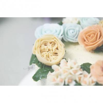 #birthdaycake #buttercream #flower