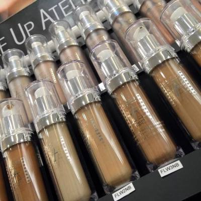 💄皇牌防水粉底 👍🏻  // Waterproof and reliable in any situation // Waterproof liquid foundation: // HK$320 #makeup #makeupatelierparis #waterproof #foundation #rainy #wet