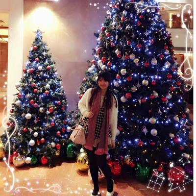 食buffet前同大小聖誕樹影下相先😁@Gold Coast Hotel  #xmas #MerryChristmas