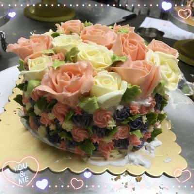 自家制玫瑰花籃蛋糕 #Janet小制作 #甜到漏