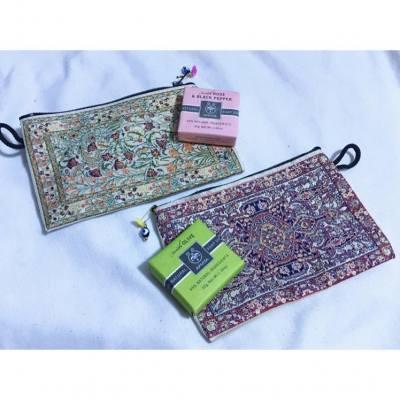 旅行買手信,最好是只在當地才有的,例如土耳其小袋及希臘apivita 天然肥皂,不過這兩套都送了給粉絲...沒有自留一套,這好讓我有藉口再去遊玩😂😂  #souvenir #手信 #turkey #athens #apivita #soap #travel #minibag #旅遊