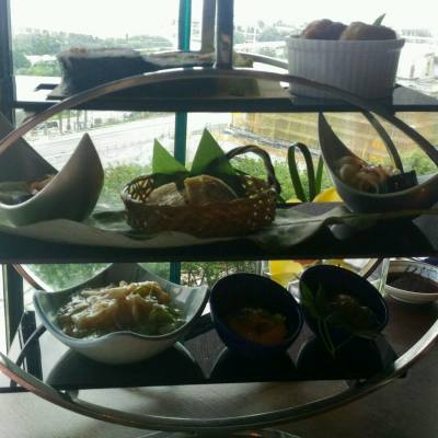 #inagiku #ifc #afternoontea #nihon #japanesecuisine #fourseasonshotel #desserts #wagashi #foodie #hk #hana #firsttime #harbourview #central  #teasetfortwo #hkfoodie #foodblogger#masayukigoto #fourseasonshk #chefrachelngai #夏午 #菓子 #和食 #仲夏花香下午茶 #稻菊 #無花果 #十勝 #甜點 #濃淡有序 #兩個人起勢影影到雪糕都溶曬 @fshongkong