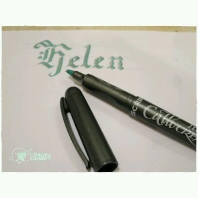 想要學花體字~ 因為想要為大家o既花束,加上有靚靚字o既心意咭~  I want to learn calligraphy, so the receiver can get your message with the flower in an elegant way.  ============== For order, please PM my FB page. FB page:http://goo.gl/r219Hu Email: pansychangchl@hotmail.com  #MistyGardenHK #florist #floristHK #flower #bouquet #gift #calligraphy #gothic #花店 #花束 #禮物 #書法 #哥德體