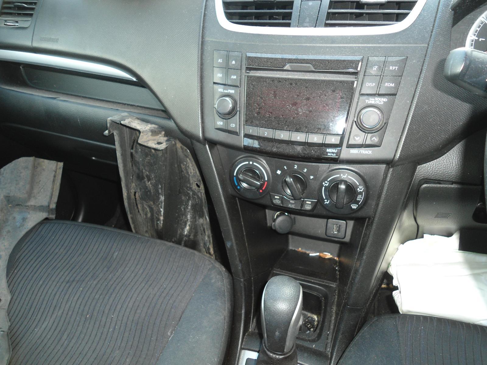 Air Cleaner/Box Swift Suzuki 2012