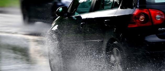 tips-perawatan-mobil-di-musim-hujan