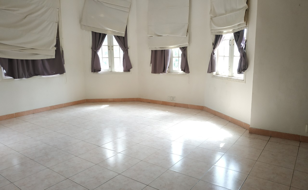 villa for rent in district 2 D220058 (10)